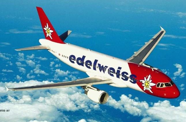 """Vietnam Airlines lọt top 20 hãng hàng không """"lòe loẹt"""" nhất thế giới - anh 6"""