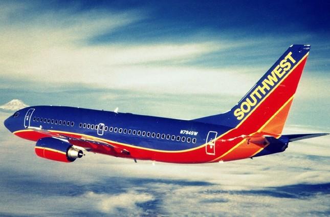 """Vietnam Airlines lọt top 20 hãng hàng không """"lòe loẹt"""" nhất thế giới - anh 12"""