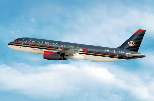 """Vietnam Airlines lọt top 20 hãng hàng không """"lòe loẹt"""" nhất thế giới - anh 16"""