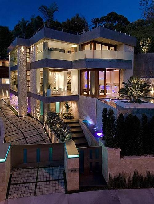 Ngôi nhà của tỷ phú giàu nhất thế giới có gì khác biệt? - anh 2