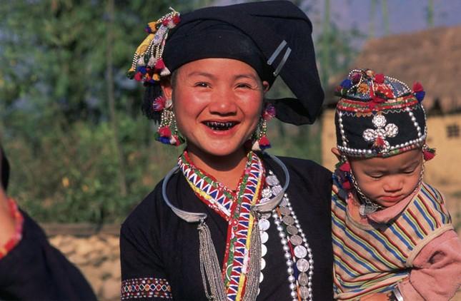 Những điều chưa biết về tục nhuộm răng đen của phụ nữ Việt thuở xưa - anh 1