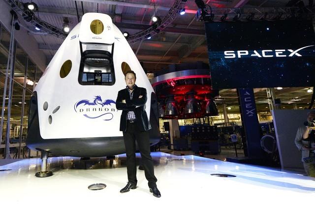 """Tỷ phú """"người sắt"""" Elon Musk và những điều """"phi thường"""" - anh 3"""