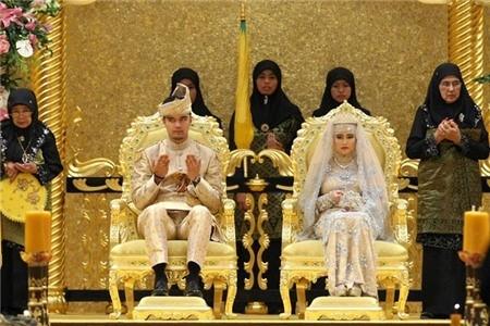 Khám phá cuộc sống giàu sang của Quốc vương giàu nhất thế giới - anh 6