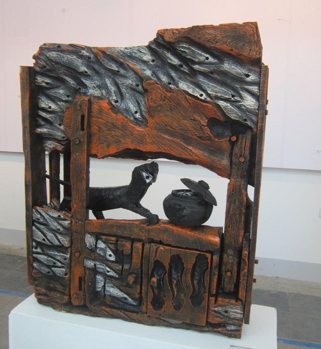 """Nghệ thuật điêu khắc """"tái sinh"""" cây gạo 300 năm tuổi - anh 3"""