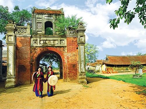 Cổng làng - Nơi lưu giữ hồn quê đất Việt - anh 1