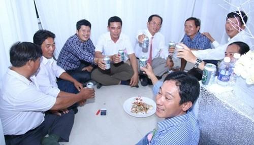 Sao Việt bối rối vì đám cưới gặp sự cố bất ngờ - ảnh 5