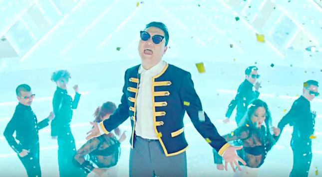 PSY tung 2 MV 'nghe là nghiện' không kém Gangnam Style - ảnh 1