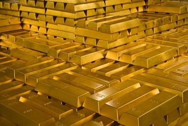 """Giá vàng hôm nay: Vàng thế giới """"điên đảo"""", trong nước """"lặng sóng"""