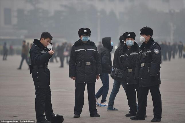 Chùm ảnh Bắc Kinh lung linh, ảm đạm trước và sau sương mù - ảnh 8