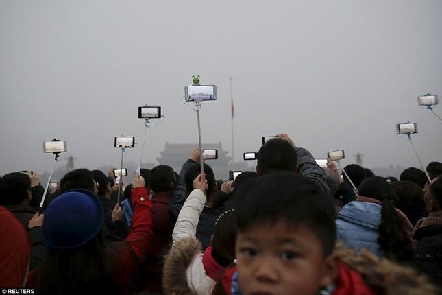 Chùm ảnh Bắc Kinh lung linh, ảm đạm trước và sau sương mù - ảnh 9