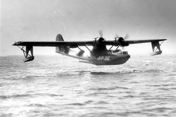 Hình ảnh chưa từng công bố xác máy bay sau 74 năm Trân Châu Cảng - ảnh 5