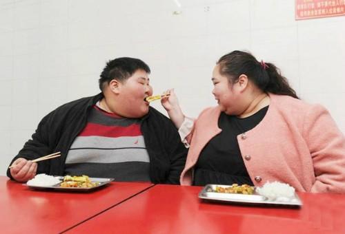 Cặp đôi 360 kg quyết định giảm cân để làm...