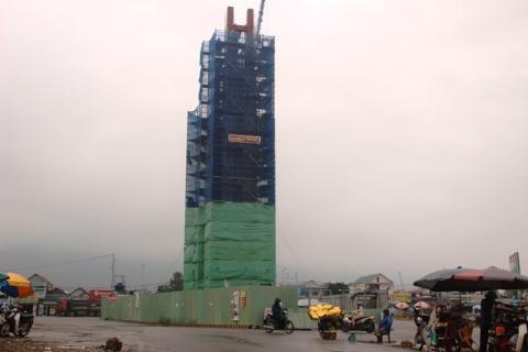 Hà Tĩnh: Đình chỉ Formosa xây 'Tháp tinh thần' cao 32m không phép - ảnh 1