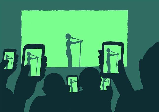 Giật mình trước bộ ảnh con người đang trở thành nô lệ của công nghệ - ảnh 4