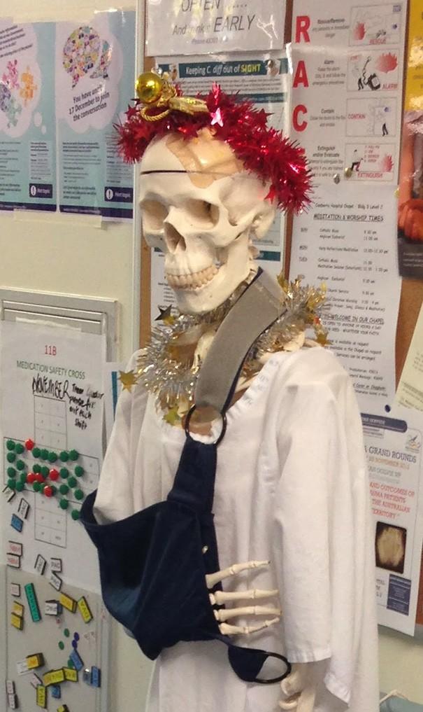 Ngắm những hình ảnh đón Giáng sinh cực 'chất' tại các bệnh viện - ảnh 7