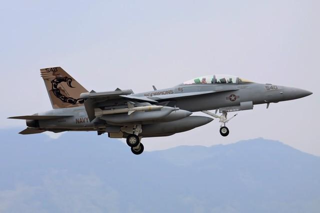 Chuyên gia Mỹ bái phục sức mạnh vô đối của 'Rồng lửa' S-400 - ảnh 4