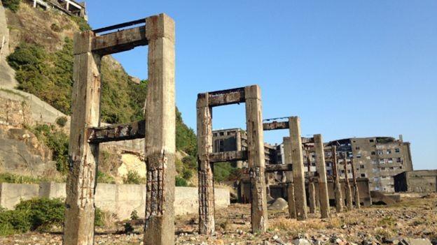 Hashima: Kỳ lạ 'hòn đảo ma' giữa biển Nhật Bản - ảnh 2