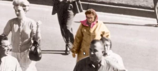 Những bức ảnh kì quái trong lịch sử khiến các nhà khoa học đau đầu - ảnh 1