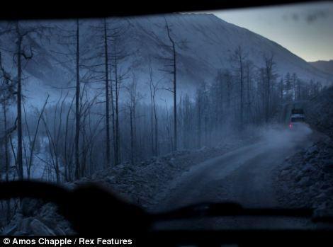 Khám phá cuộc sống tại ngôi làng lạnh nhất thế giới ở Nga - ảnh 13