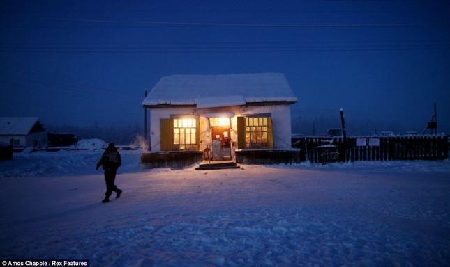 Khám phá cuộc sống tại ngôi làng lạnh nhất thế giới ở Nga - ảnh 19