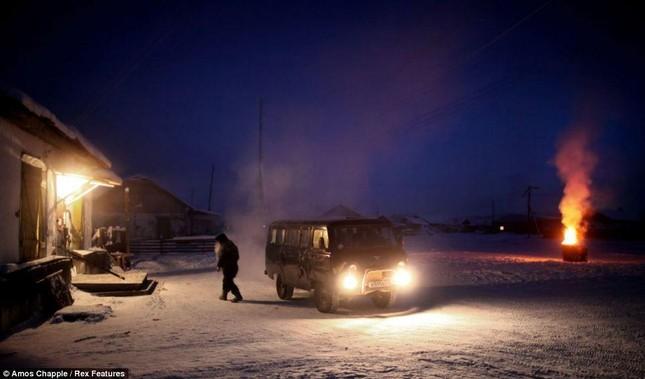 Khám phá cuộc sống tại ngôi làng lạnh nhất thế giới ở Nga - ảnh 20