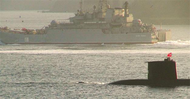 Tàu ngầm Thổ Nhĩ Kỳ theo sát chiến hạm Nga - ảnh 1