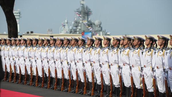 Trung Quốc biên chế tàu khu trục tên lửa mới tuần tra Biển Đông - ảnh 1