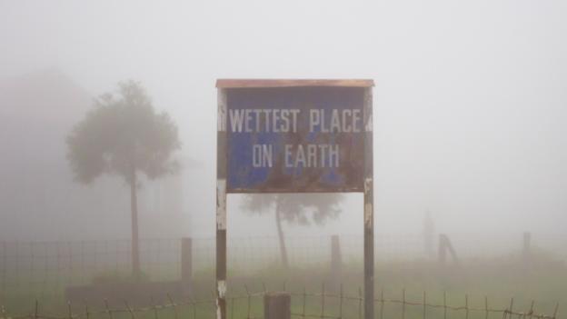 Khám phá cuộc sống ở ngôi làng mưa nhiều nhất hành tinh - ảnh 2