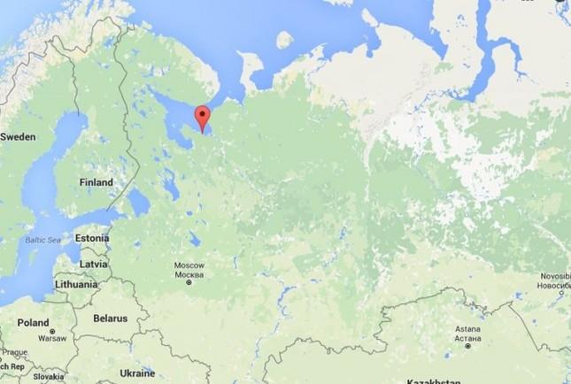 Nga: Tên lửa phóng thử nghiệm bất ngờ rơi trúng nhà dân - ảnh 1