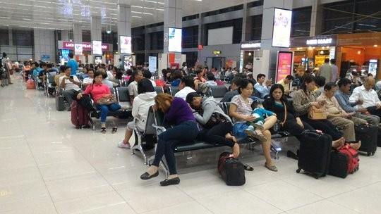Vietnam Airlines, Vietjet bồi thường chục tỷ đồng cho khách - ảnh 1