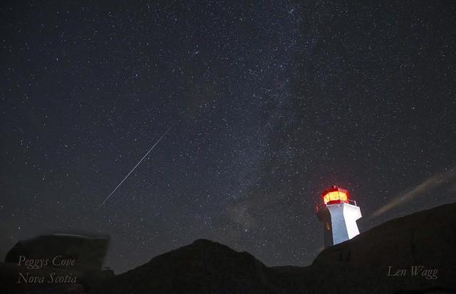 Chùm ảnh mưa sao băng Geminid 2015 huyền ảo trên khắp thế giới - ảnh 2