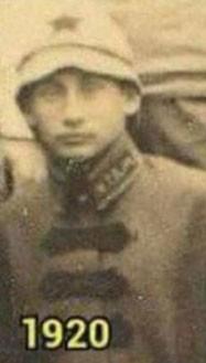 Phát hiện 2 bản sao giống Tổng thống Nga Putin gần 100 năm trước - ảnh 2