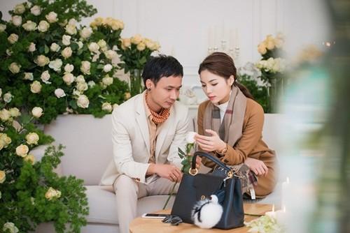 'Bạn trai' đưa Hoa hậu Kỳ Duyên đi chọn hoa cưới - ảnh 4