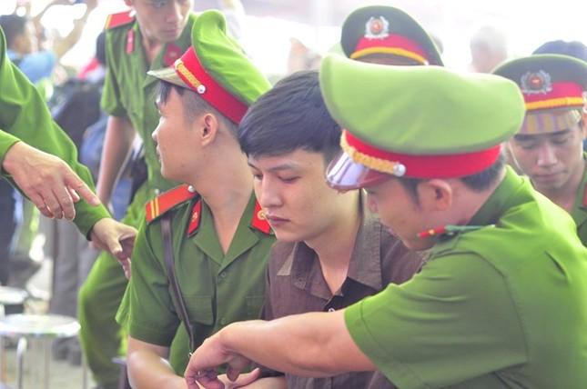 Đang xét xử vụ thảm án ở Bình Phước - ảnh 1