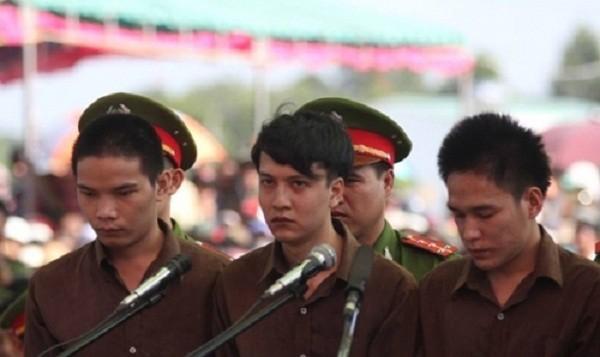 Thảm sát ở Bình Phước: 'Hai bản án tử hình là tương xứng' - ảnh 1