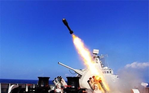 Hải quân Trung Quốc tiến hành tập trận trên Biển Đông - ảnh 1