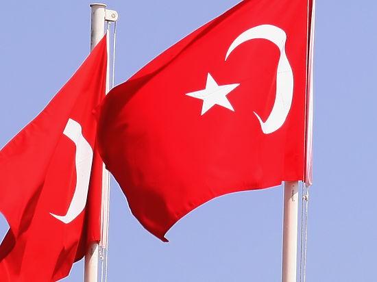 Thổ Nhĩ Kỳ đề nghị Ukraine cùng phối hợp đối phó với Nga? - ảnh 1