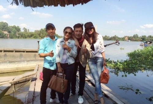 Lộ ảnh Khôi Trần và vợ cũ Phan Thanh Bình hẹn hò từ lâu? - ảnh 2