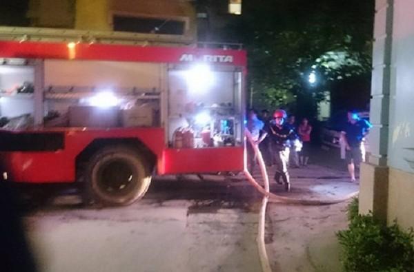 Hà Nội: Hai cụ già mắc kẹt trong đám cháy ở căn nhà 5 tầng - ảnh 1