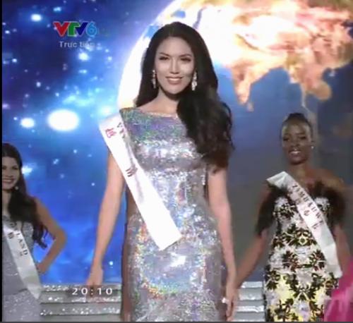 Lan Khuê khóc cạn nước mắt khi bị 'xử ép' tại Hoa hậu thế giới - ảnh 1