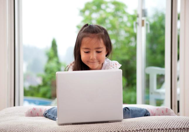 10 lời khuyên giúp trẻ truy cập internet an toàn
