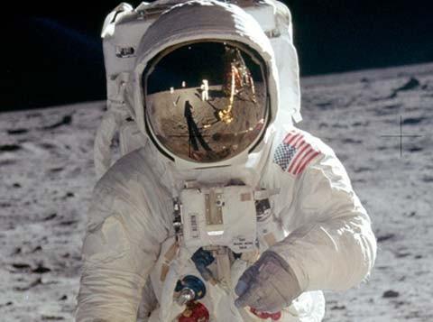 Cuộc đổ bộ của con người lên mặt trăng là sản phẩm của Hollywood? - ảnh 3