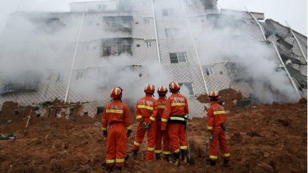 Lở đất ở Trung Quốc, 22 tòa nhà ở khu công nghiệp sụp đổ - ảnh 1