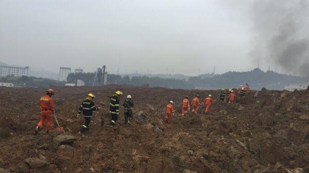 Lở đất ở Trung Quốc, 22 tòa nhà ở khu công nghiệp sụp đổ - ảnh 4