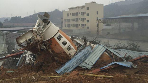 Lở đất ở Trung Quốc, 22 tòa nhà ở khu công nghiệp sụp đổ - ảnh 5