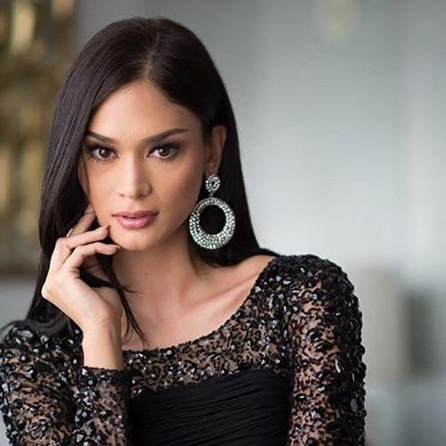 Ngắm vẻ đẹp nóng bỏng của tân Hoa hậu Hoàn vũ Philippines - ảnh 13