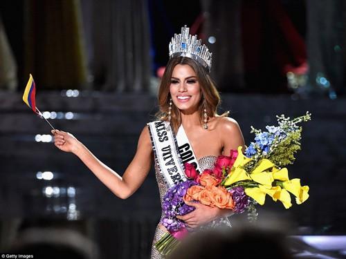 Tân Hoa hậu Hoàn vũ 2015 xin lỗi Hoa hậu Colombia - ảnh 2