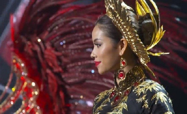 Phạm Hương bất ngờ trượt top 15 Hoa hậu Hoàn vũ 2015 - ảnh 1