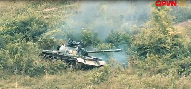 Cận cảnh Quân đội Việt Nam diễn tập thực binh bắn đạn thật - ảnh 4