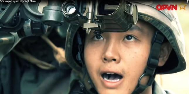 Cận cảnh Quân đội Việt Nam diễn tập thực binh bắn đạn thật - ảnh 5